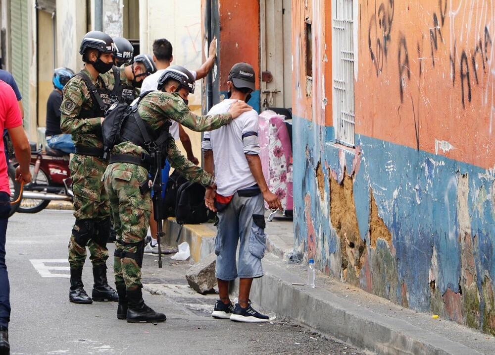 FOTO SOLDADOS OPERATIVOS.jpg