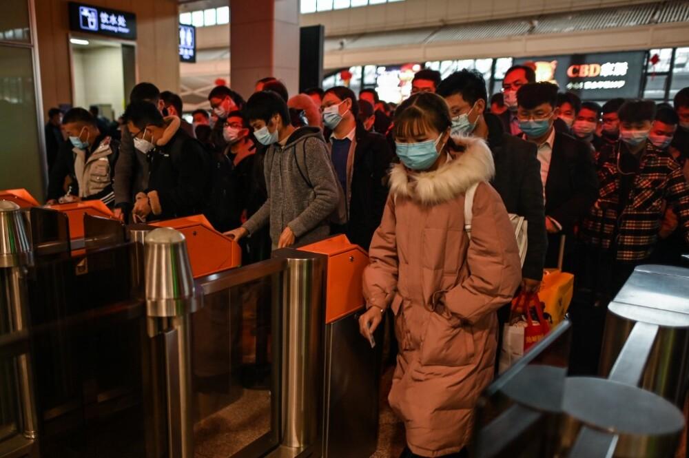 Ciudadanos en Wuhan, en China
