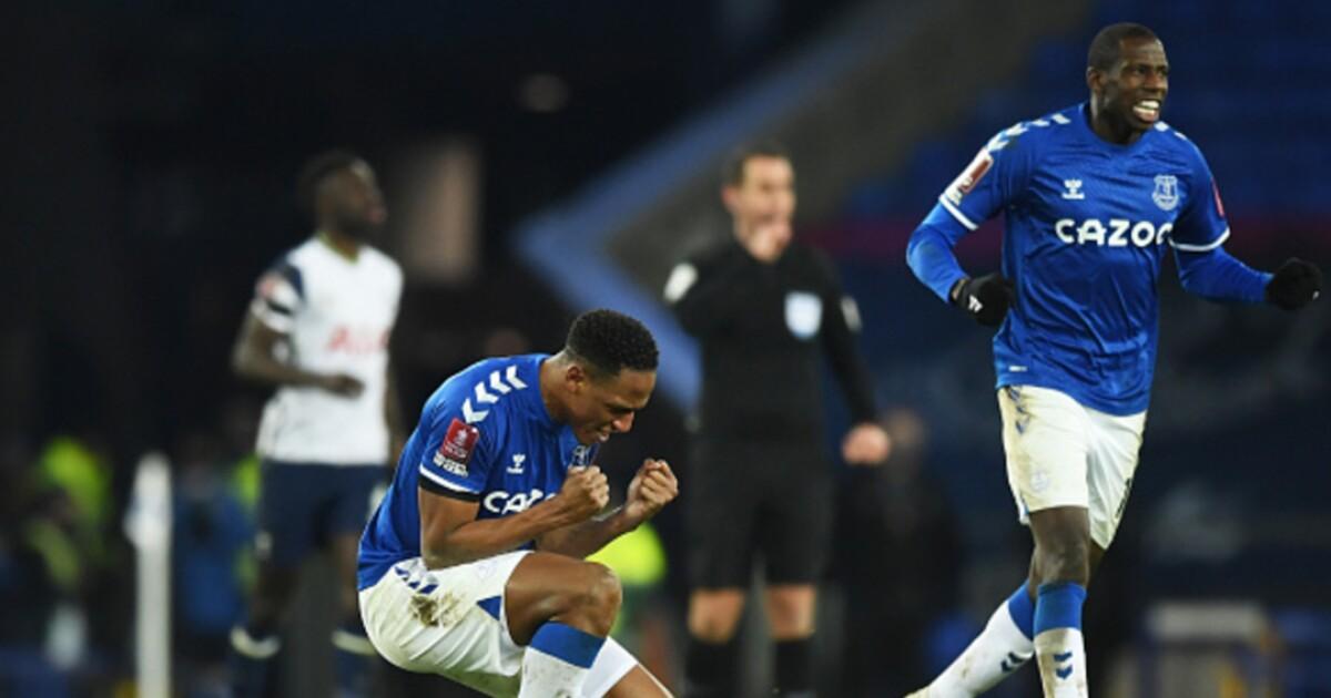 Los números que ponen en tela de juicio a Yerry Mina y a los defensas del Everton