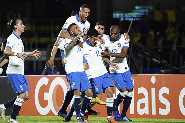 316951_brasil_coutinho_celebra_140619_koji_watanabe_getty_e.jpg