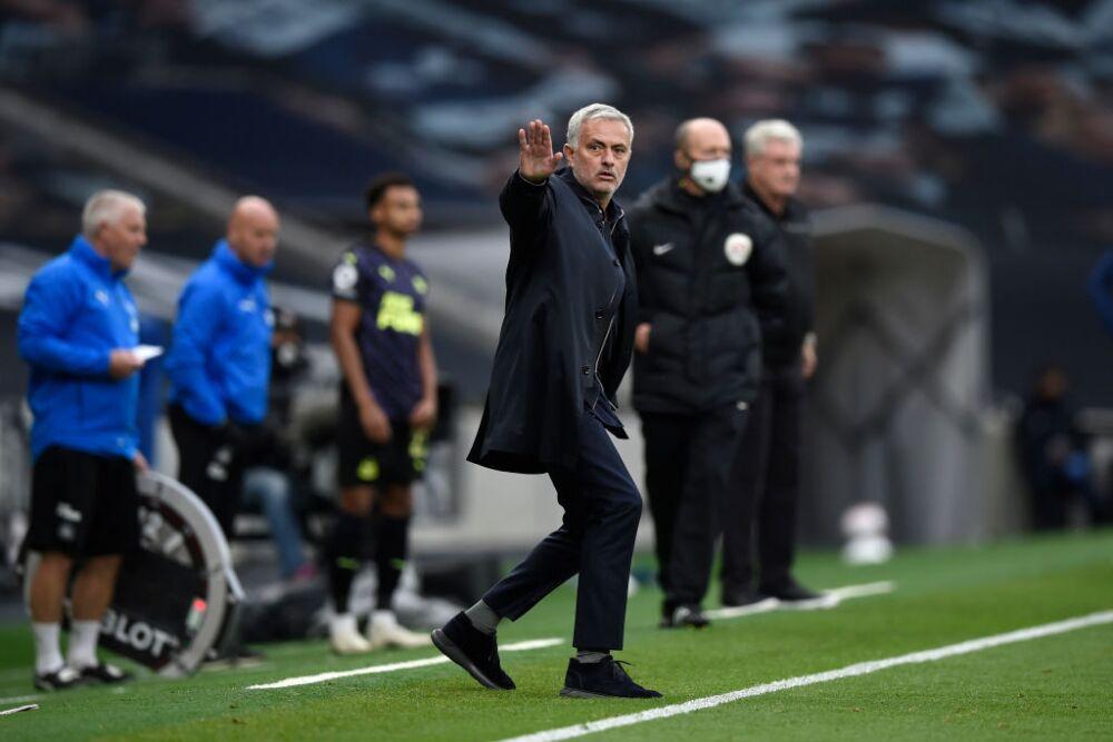 José Mourinho, entrenador de Tottenham
