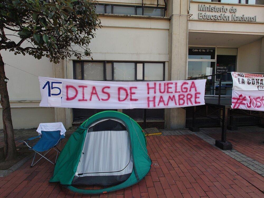 Huelga de hambre de médico Juan Pablo Ovalle