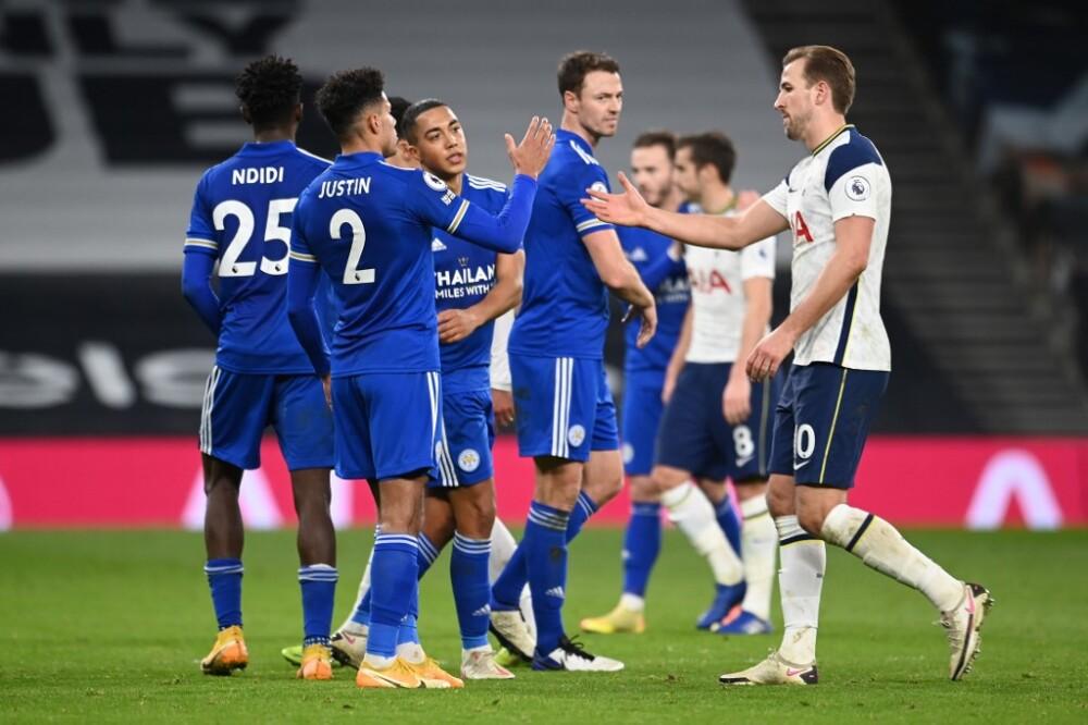 El Tottenham pierde 2-0 ante un Leicester que le adelanta en la tabla