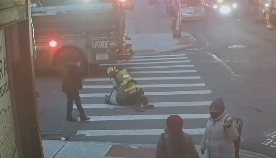 Absuelven a hombre que presuntamente agredió sexualmente a una bombera