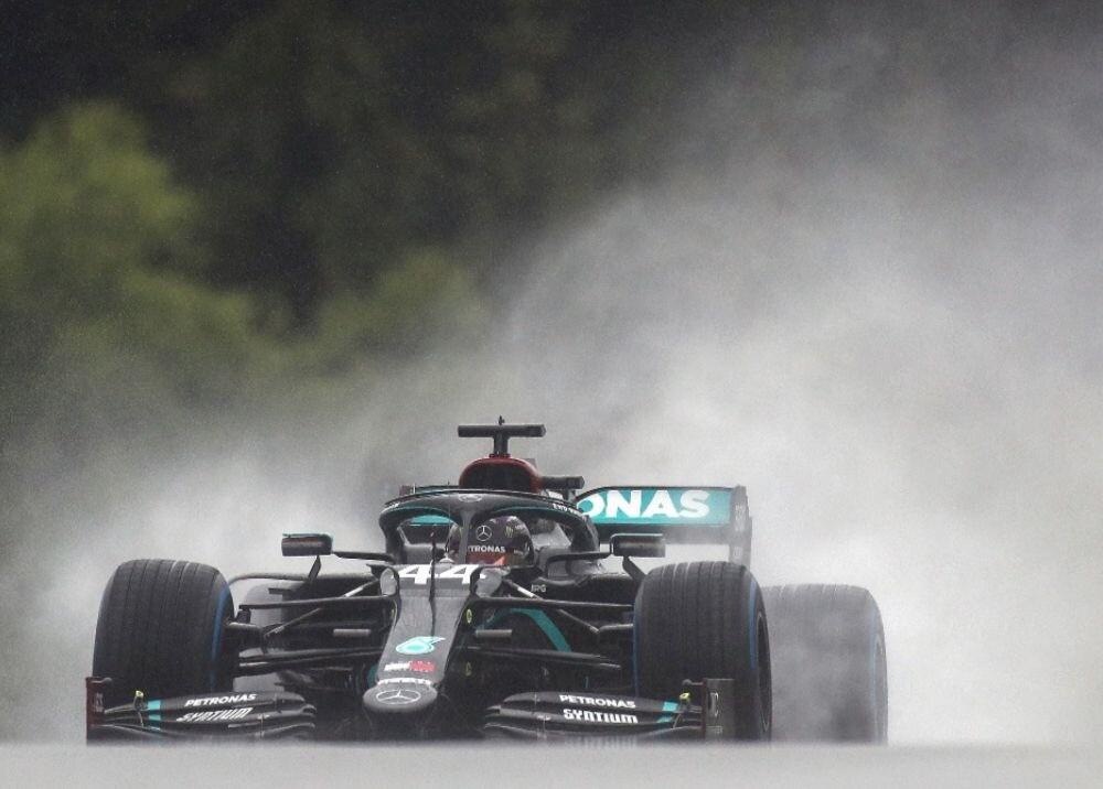 371233_Lewis Hamilton / AFP