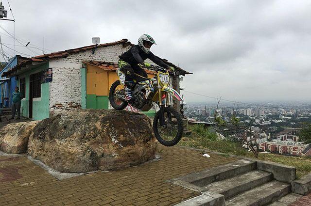 640-downhill-urbano-cali-2.jpg