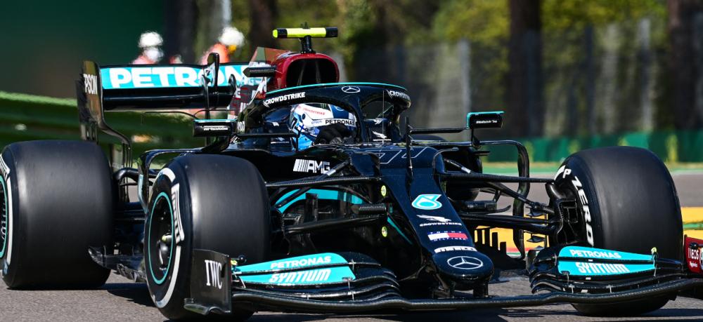 Valtteri Bottas dominó los entrenamientos libres de la Fórmula 1 en Imola.