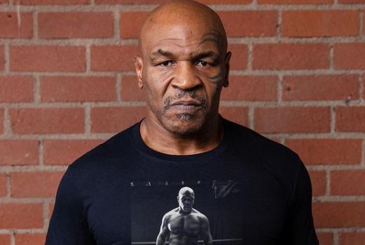Mike-Tyson se gana 500.000 dólares mensuales con la venta de marihuana.