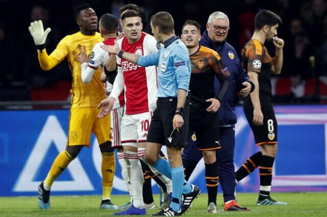326846_Ajax vs Valencia