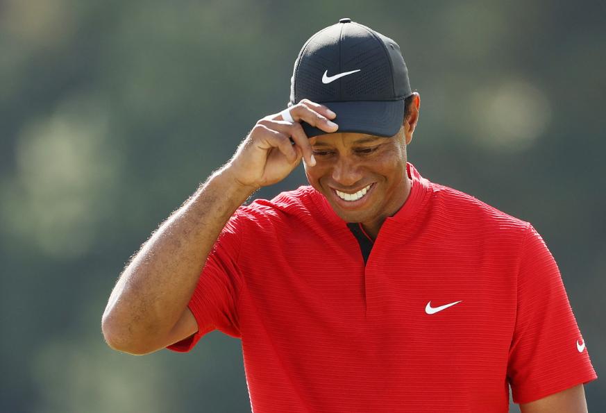 Tiger Woods se recupera de las lesiones sufridas en accidente de tránsito.