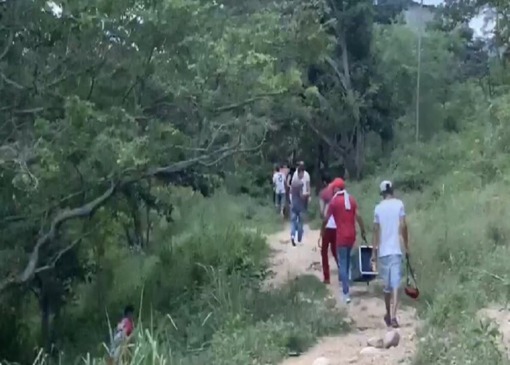 370858_BLU Radio: Operativo Gallera - Girón / Foto: Suministrada