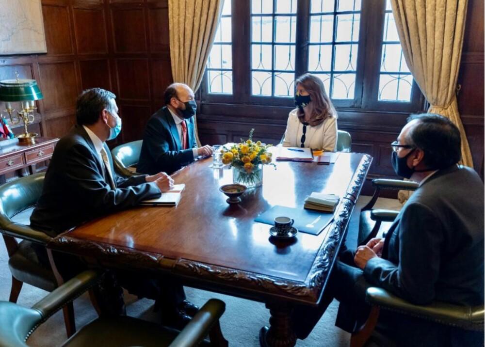 Reunión de canciller y embajador en Nicaragua Foto CancilleriaCol.jpg