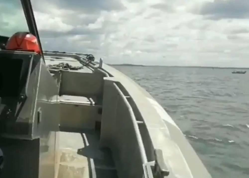 Labores de la Armada Nacional tras naufragio en Tumaco
