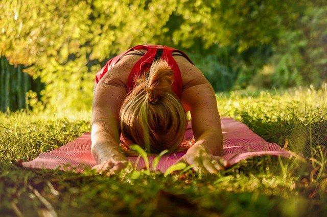 Yoga al Aire en el parque de la 93