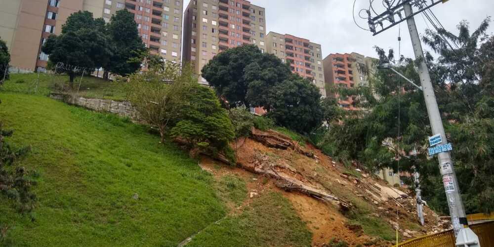 Deslizamiento en Rodeo Alto, Medellín.jpeg