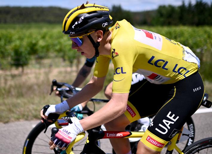 Tadej Pogacar es el líder del Tour de Francia tras la etapa 13.