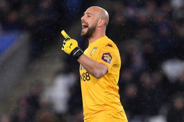 333497_Pepe Reina, arquero español del Aston Villa.