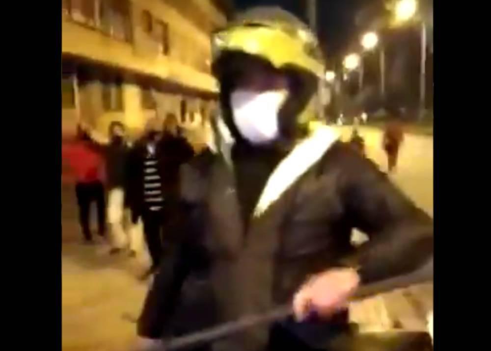 Policía que agredió a ciudadanos en Teusaquillo el 9 de septiembre / Foto captura video suministrado