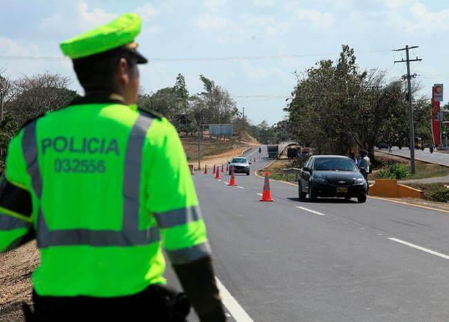 373554_vias-carreteras-policia-festivo-retorno-mintransporte_0_0.jpg