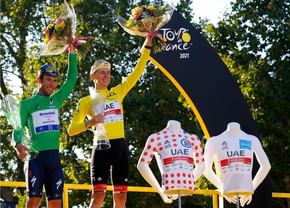 Cavendish y Pogacar Foto AFP.jpg