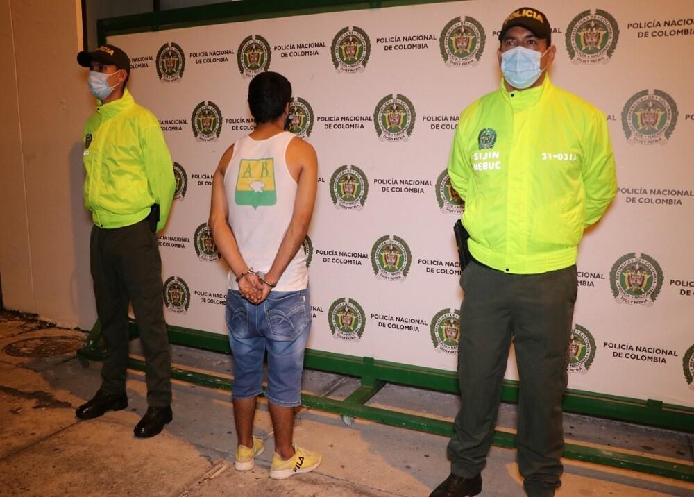 FOTO CAPTURADO ABUSADOR NAPOLES.jpg