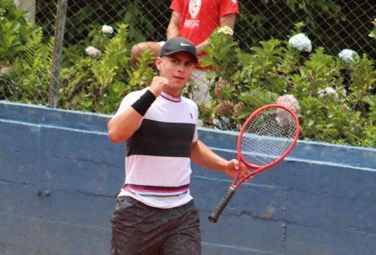 Mateo-Gomez-tenis
