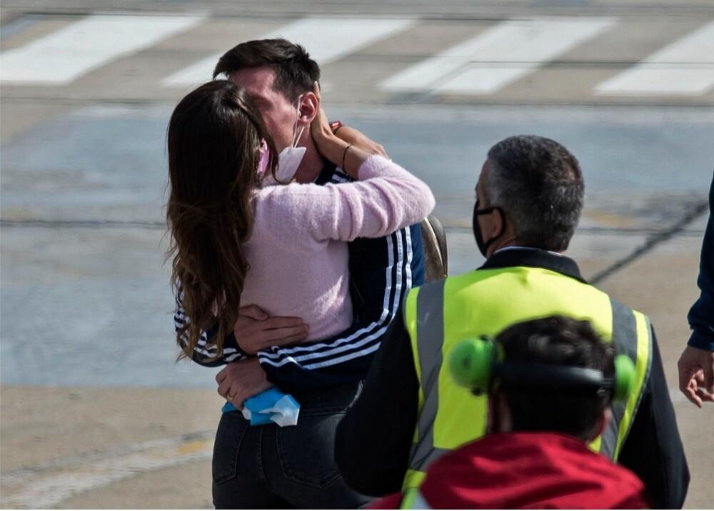 Messi y Antonella Foto AFP.jpg