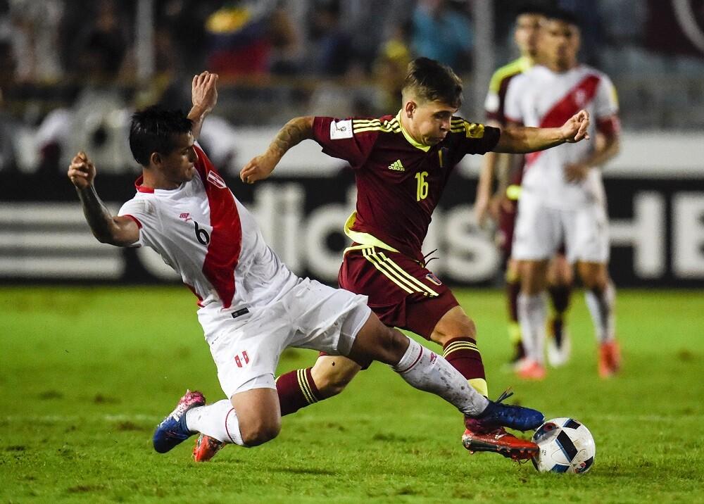 336395_Blu Radio // Venezuela - Perú // Foto: AFP