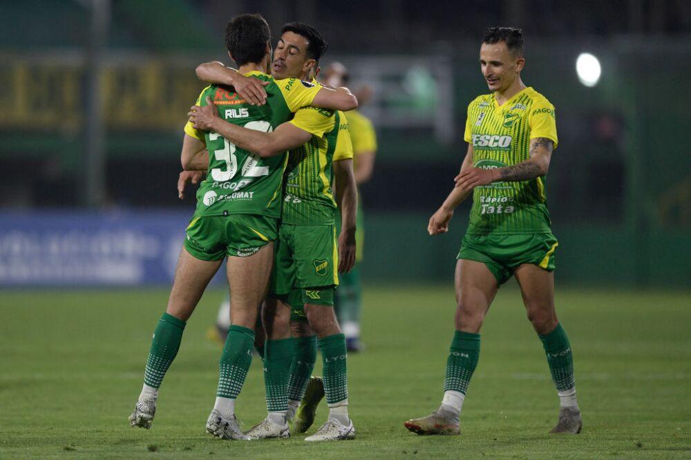 Defensa y Justicia v Olimpia - Copa CONMEBOL Libertadores