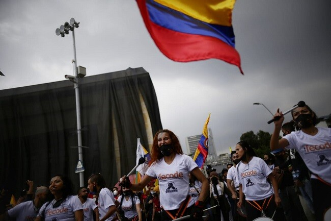 marchas colombia mayo 5 C_col.jpg