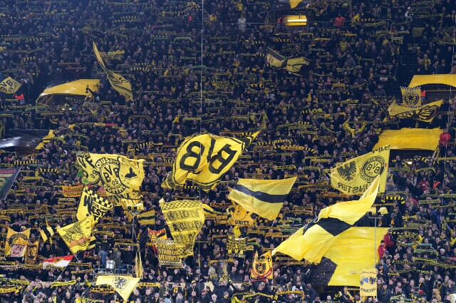 333439_Hinchas del Borussia Dortmund