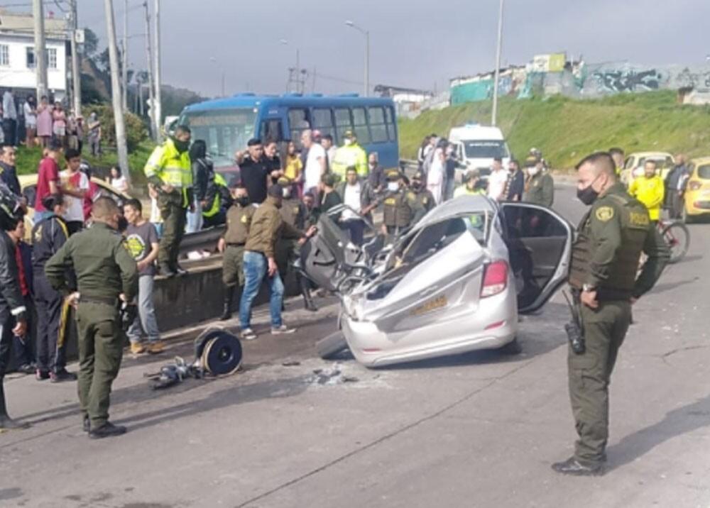 Tres personas de la misma familia murieron en accidente en Bogotá.