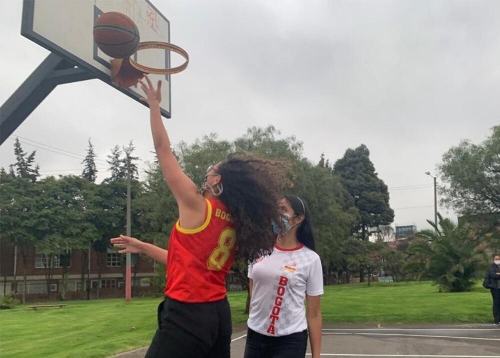 Selección de baloncesto femenino Sub-16 de Bogotá  foto suministrada.jpg