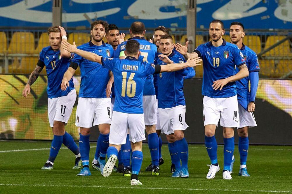 Italy v Northern Ireland