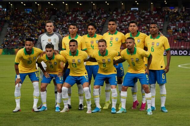 322892_Selección de Brasil