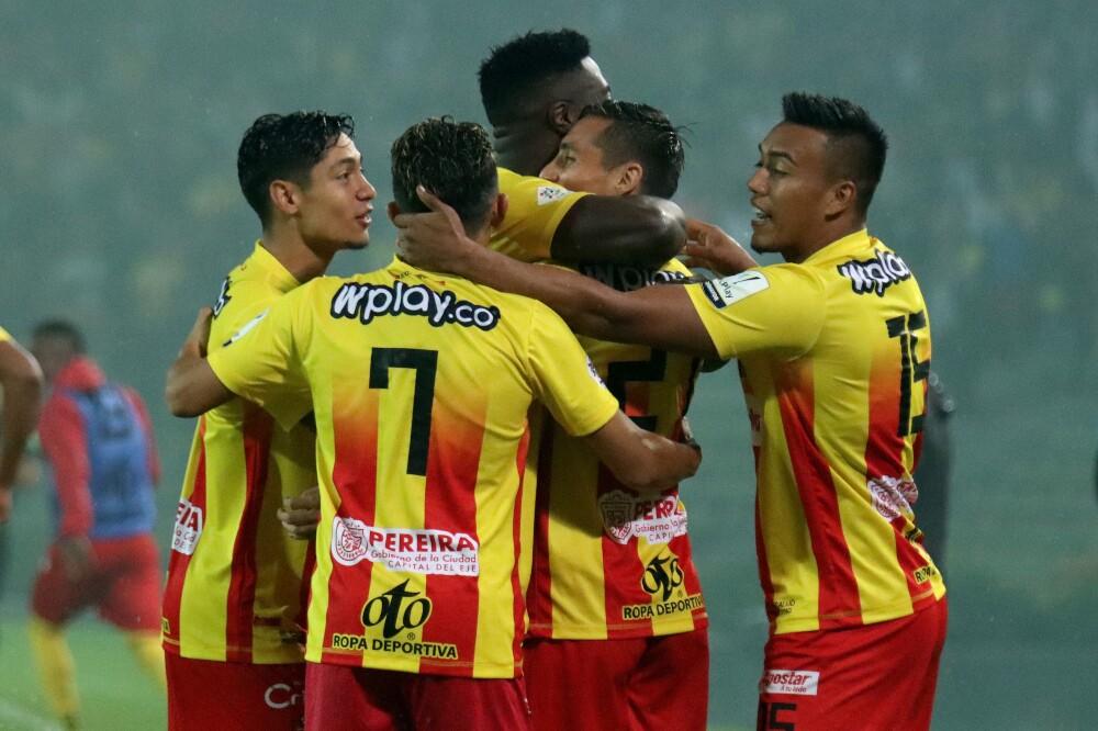 Celebración del Deportivo Pereira, tras gol contra Quindío