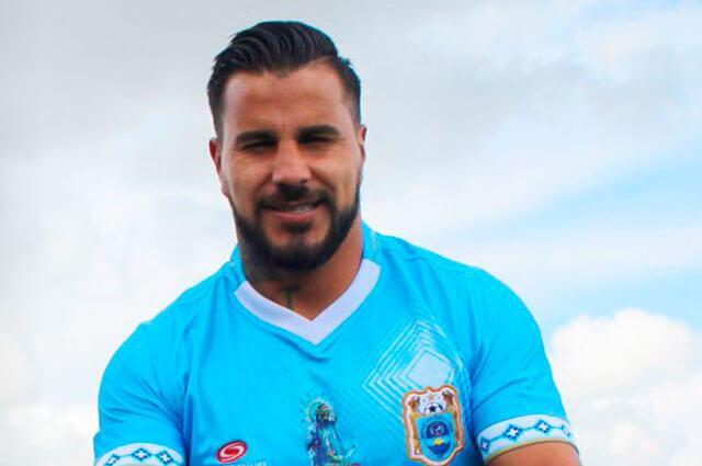 Twitter: @BinacionalFC: El futbolista Juan Pablo Vergara perdió la vida en un accidente de tránsito