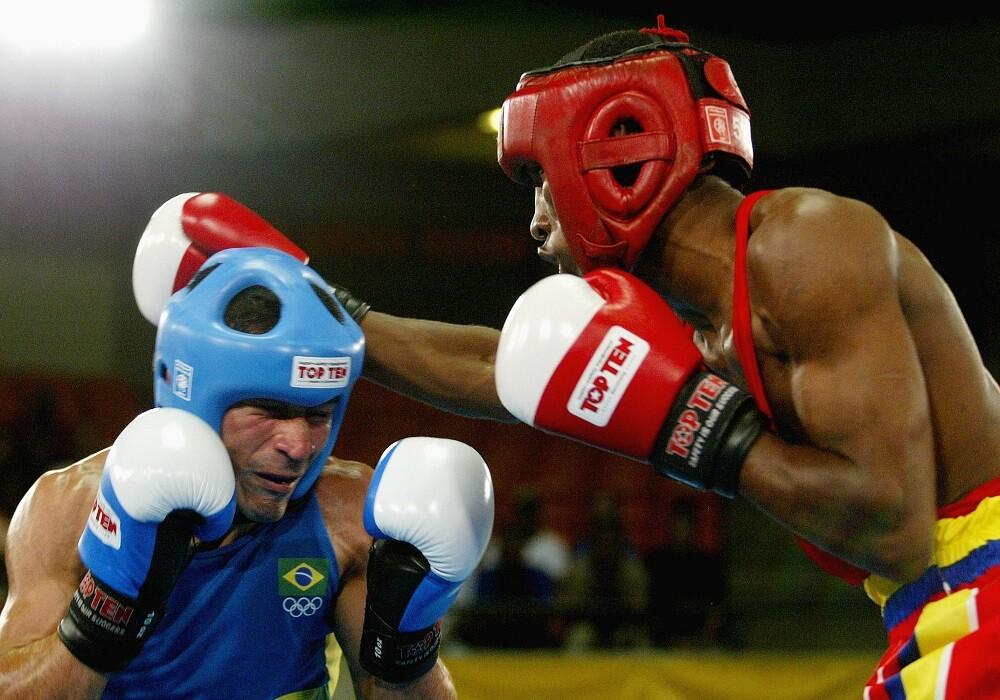 282058_Blu Radio / 'Momo' Romero y Cristian Salcedo, figuras del boxeo. Foto AFP