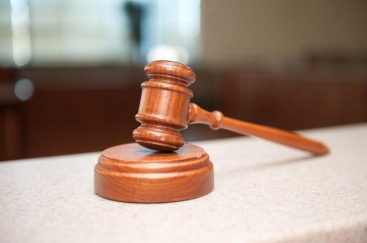 Mujer ganó demanda contra su jefe porque la llamó anciana