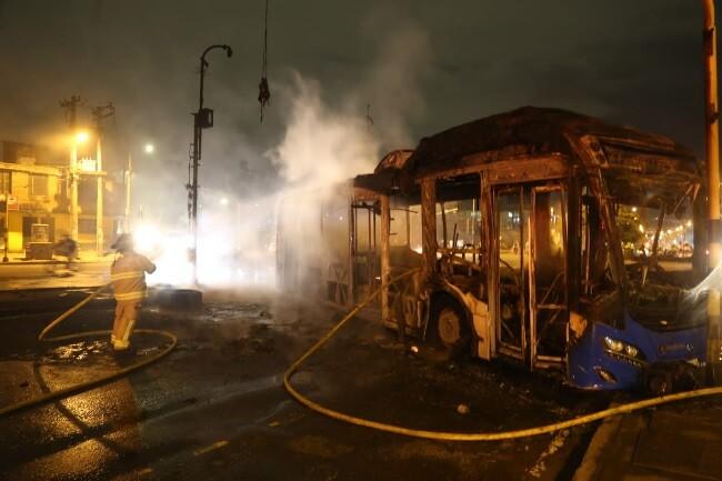 bus quemado sitp_col.jpg