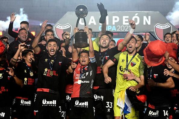 Colón-campeón.jpg