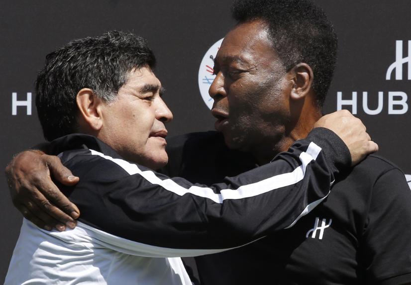 Diego Maradona y Pelé.