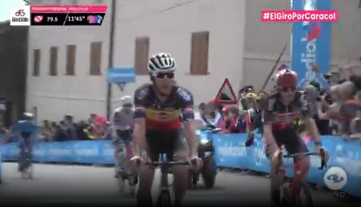 Primer paso premio montaña etapa 15 Giro de Italia