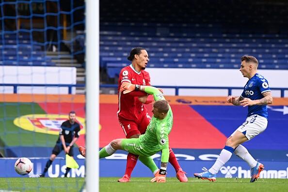 Jordan Pickford - Virgil Van Dijk Everton v Liverpool