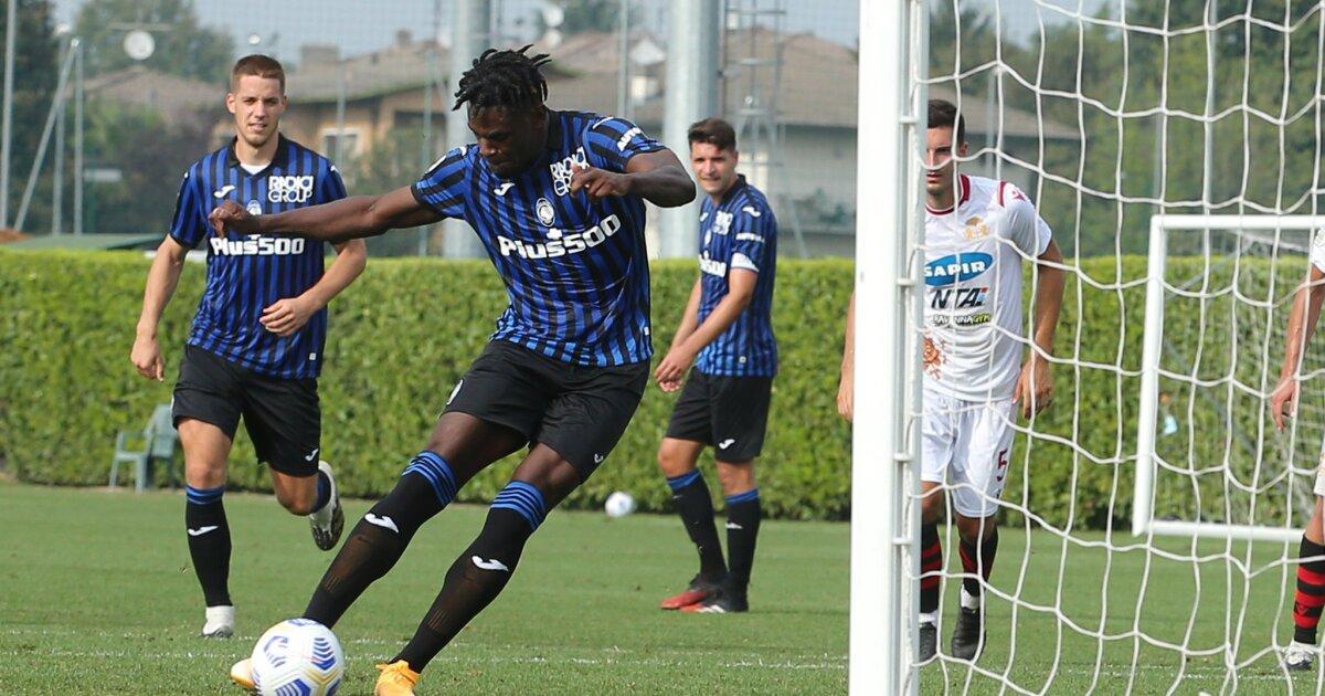 Goles colombianos en Italia: Luis Muriel y Duván Zapata marcaron con el Atalanta en la pretemporada