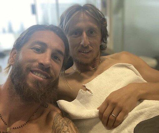 Sergio Ramos felicita a Modric