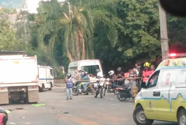 accidente-en-moto-en-la-calle-colombia en medellin.jpg
