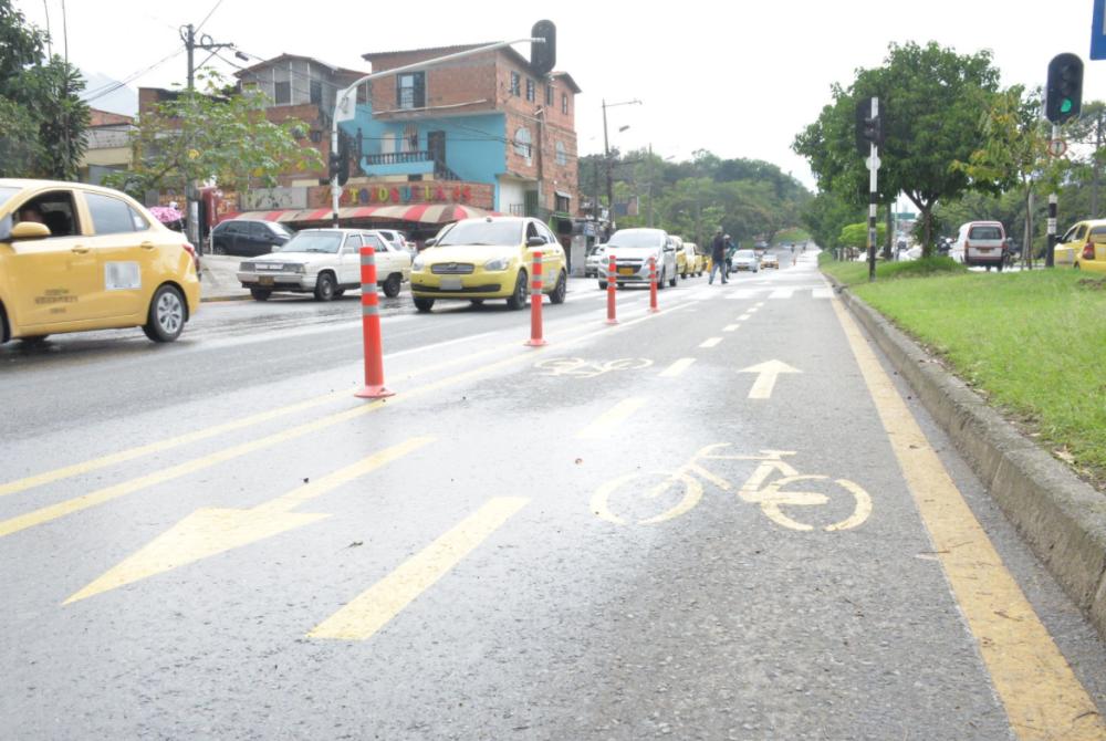 pico y placa taxis Medellín 30 de marzo