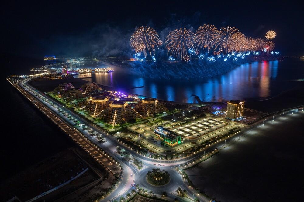 Exhibición de fuegos artificiales en Ras Al Khaimah