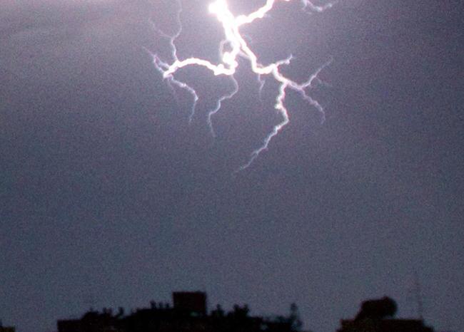 369880_rayo-tormenta-afp.jpg